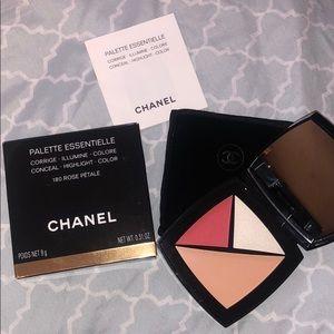 Chanel Rose Pétale (Essential Palette)